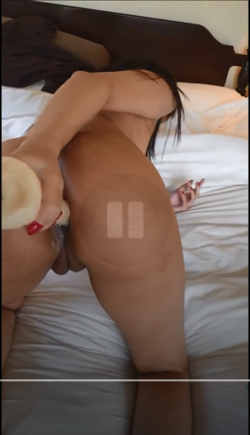 Today Exclusive- Sexy Paki Girl play with Dildo Part 1